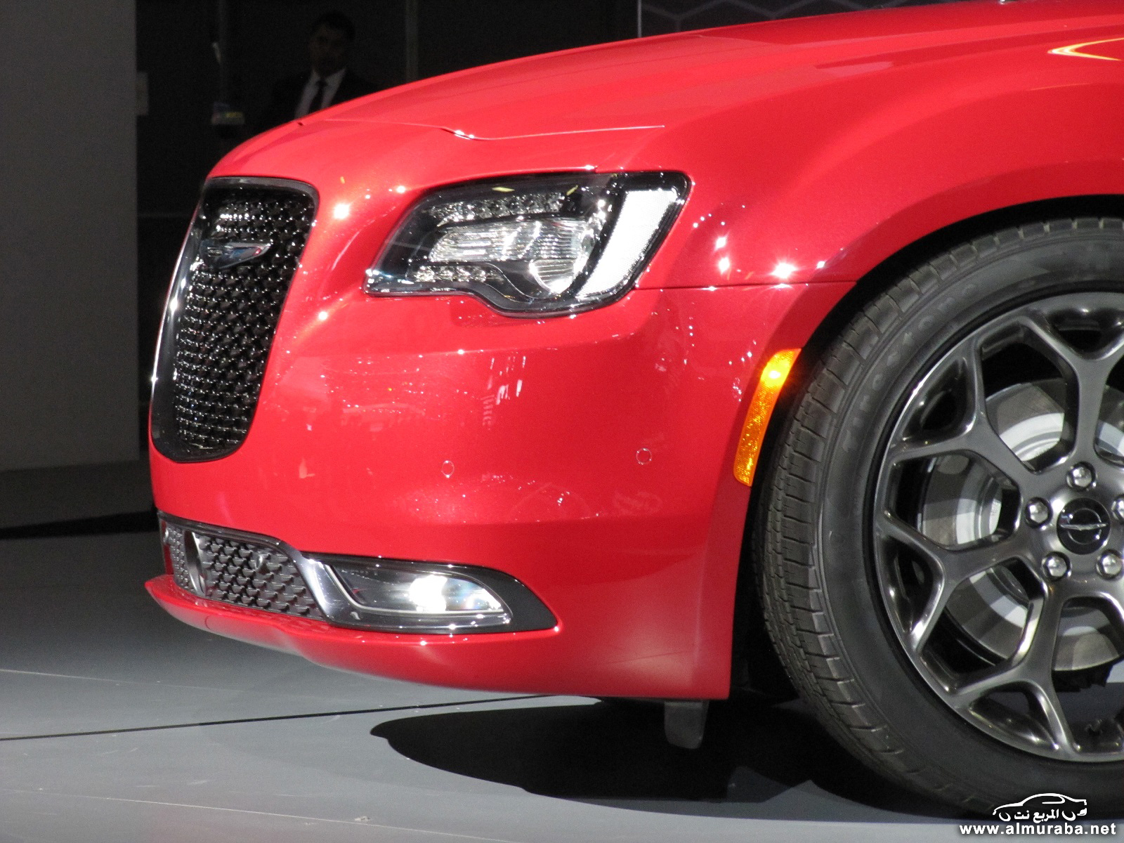 2015-chrysler-300-unveiled-at-2014-los-angeles-auto-show_100490800_h