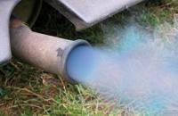 """""""بالصور"""" شاهد كيف تكشف عن حالة محرك سيارتك من لون دخان الشكمان"""