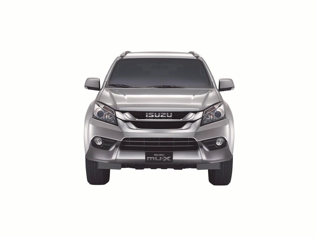 Front Straight On - Isuzu MU-X LS-T Titanium Silver LHD copy (Copy)