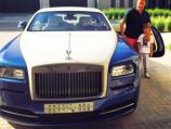 """مدرب الهلال السابق """"ريجيكامف"""" يملك أسطولاً من السيارات الفارهة"""