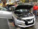"""نيسان تفكر جدياً في صنع نسخ """"نيسمو ماكسيما"""" بمميزات جديدة Nissan Maxima"""