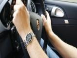 """""""بالصور"""" شاهد 14 أمراً خاطئاً تقوم بهم أثناء القيادة دون أن تعلم"""