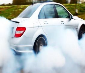 """""""بالصور"""" شاهد كيف تعرف حالة المحرك هل به مشاكل او سليم من لون غازات العادم – المربع نت"""