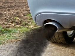 Smoky-diesel-exhaust