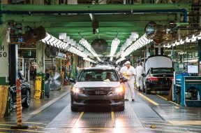 Honda-of-America-Manufacturing-assembly-line-2