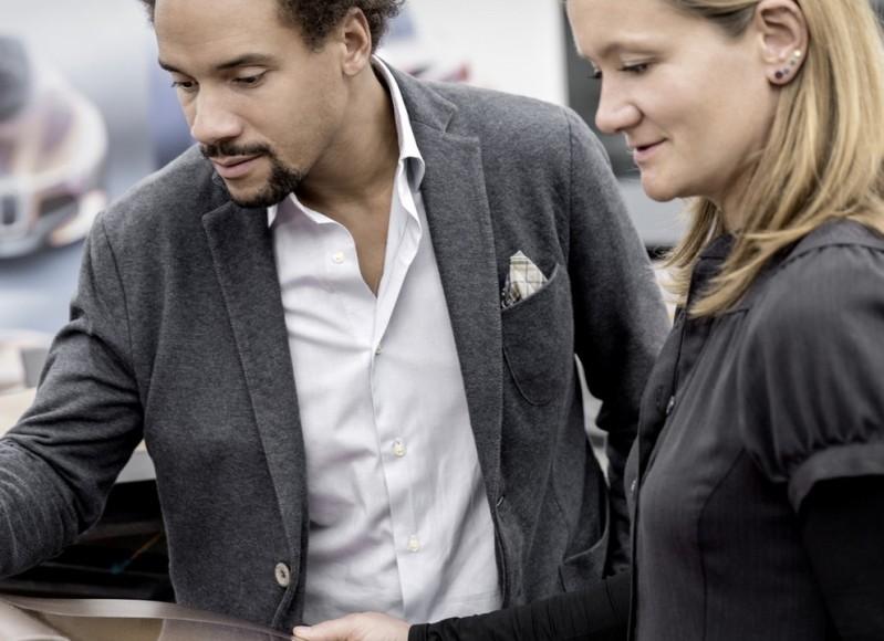 """""""بي إم دبليو"""" تعلن أنها ستدشن سيارة كهربية ذاتية القيادة في عام 2021 BMW   المربع نت"""