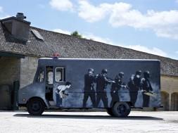 Banksy Swat Van  (4)