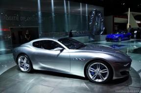 Maserati-Alfieri-Concept-Paris-2014-06-1024x683