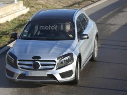 2017-mercedes-gla-spy-photo1