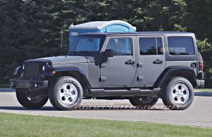 2018-Jeep-Wrangler-prototype-side-4