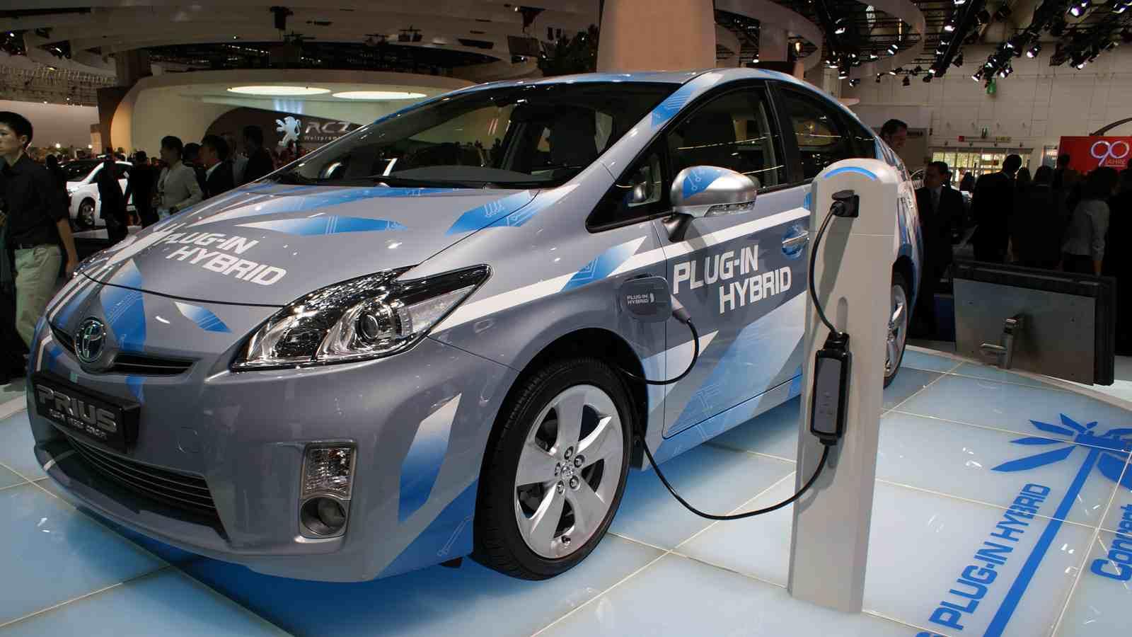 صانعات السيارات اليابانية تدخل سباق صنع السيارات الكهربية بالكامل | المربع نت