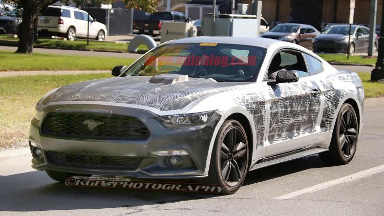 صور تجسسية وتفاصيل مسربة عن الجيل القادم من فورد موستنج 2018 Ford Mustang | المربع نت