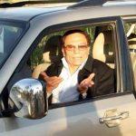 """""""بالصور"""" جولة مع سيارات الزعيم عادل إمام"""