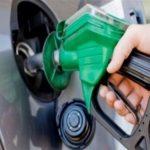 لماذا ينصح الخبراء بالتزود بالوقود الممتاز من وقت لآخر؟
