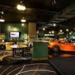 """""""بالفيديو"""" قصر معروض للبيع بمليار ريال يشمل متحف سيارات نادرة!"""