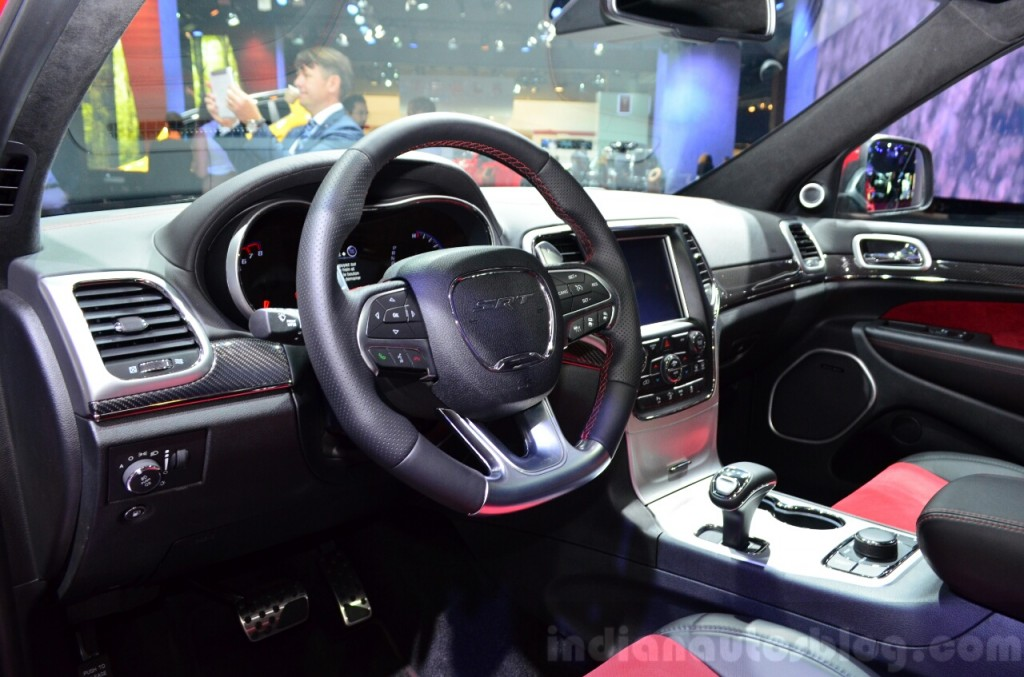 Ford Kuga Interior additionally Dscn also D Jeep Grand Cherokee P further Ne A additionally Maxresdefault. on jeep grand cherokee interior