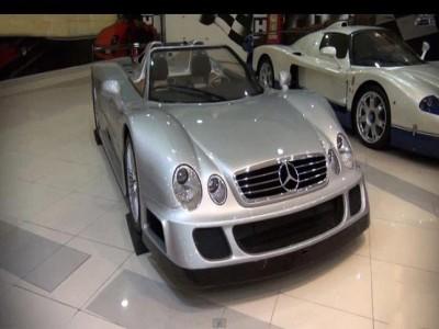 """""""بالفيديو"""" أفخم وأغلى السيارات في العالم يمتلكها أمير من العائلة الحاكمة في الامارات"""