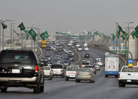 السعوديون والأمريكان والإنجليز الأكثر اعتداءً على برنامج ساهر المروري!